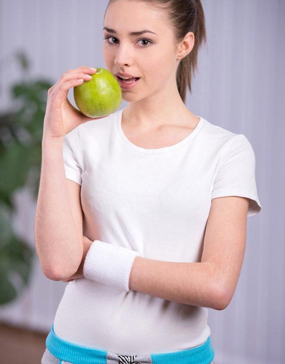 A faible risque et sans incision, la sleeve gastroplastie réduit votre sensation de faim et vous permet d'être rassasié pour des quantités moindres.
