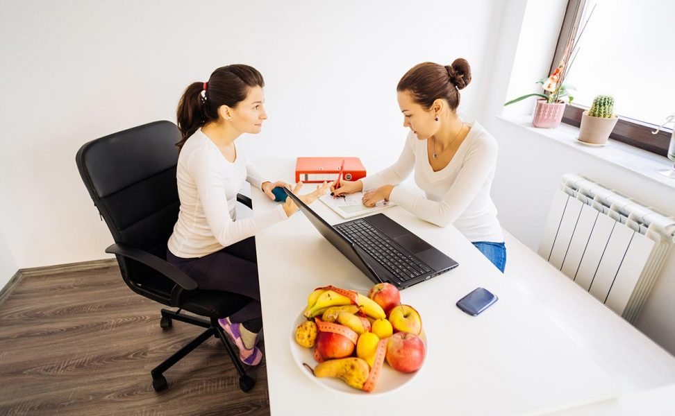 Nutritional and behavioural management is an essential element in preventing weight gain.